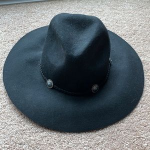 American Eagle fall round hat